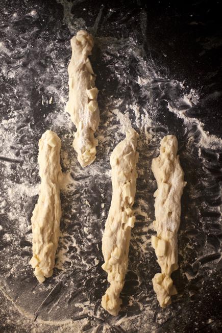 Apple Challah | Breadin5 07