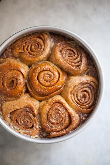 caramel rolls bread pudding   Breadin5 (4 of 11)